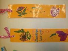 2009 9月 小学生英語  敬老感謝の日にプレゼントするしおりを作りました。メッセージは英語で