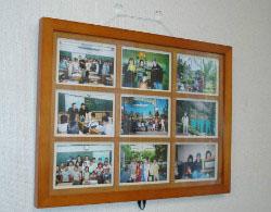 B教室 記念写真  先生宅にホームスティした人たちの写真